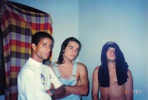 Leco, Wagner e Gabriel, da banda Sua Mãe, em 1997
