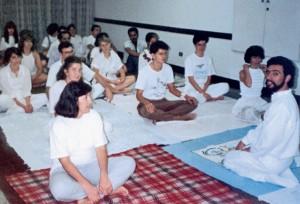 Janderson da aula de ioga em 1985