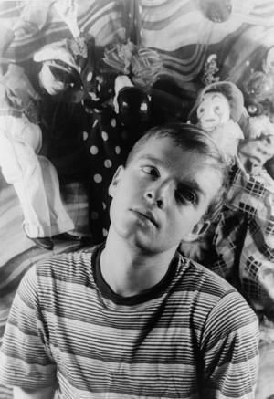 Capote, ainda jovem, antes do sucesso de Bonequinha de Luxo