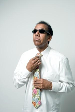 Jorge Ben de gravata florida
