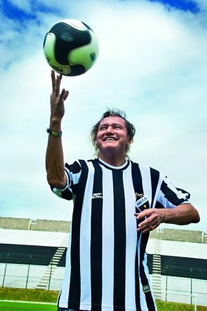 Marinho mostra habilidade com a bola