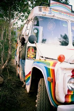 seu Nelson, o condutor da Caravana Arco-Íris por La Paz, que trouxe o pessoal do México