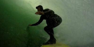 James Taylor quebra uma vértebra em show de reality surf