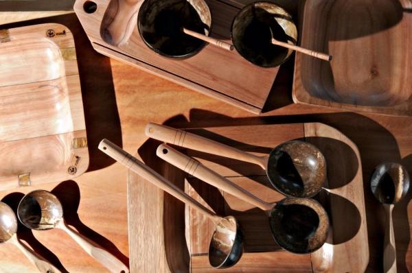Objetos produzidos por artesãos do Projeto Formas da Natureza