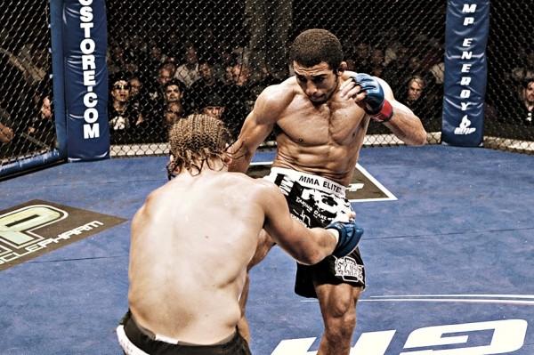 A luta de defesa do cinturão, contra Urijah Faber