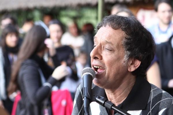 Arnaldo Baptista no primeiro Sarau na Cantareira para fãs