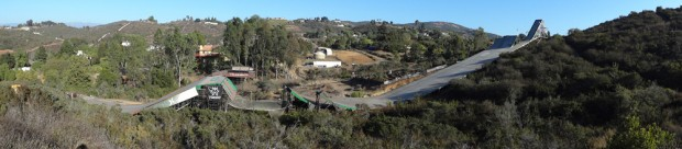 Vista geral da megarrampa da casa de Bob Burnquist em San Diego