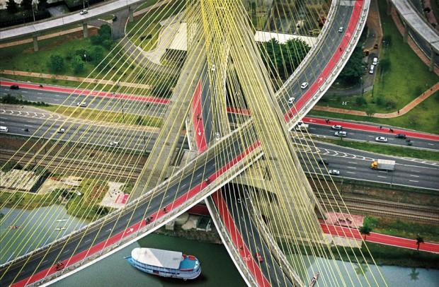 Ponte Estaiada da Marginal Pinheiros l 22 de setembro de 2017, 8:45