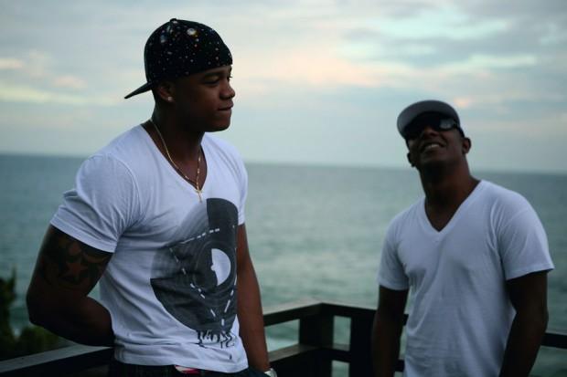Léo Santana (esq.)  e Márcio Victor se reúnem em Salvador a convite de Trip