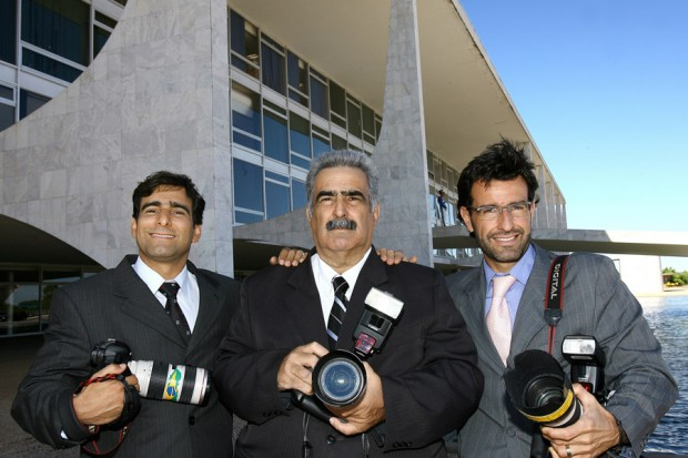 """A família de fotógrafos, com o irmão Roberto, o pai, """"Stuckão"""", e Stukinha"""