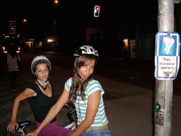As bikegirls Grazielli Barroso e Catarina Araújo