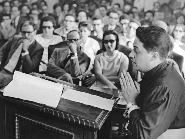 FHC defende sua tese na Faculdade de Filosofia, em 1963
