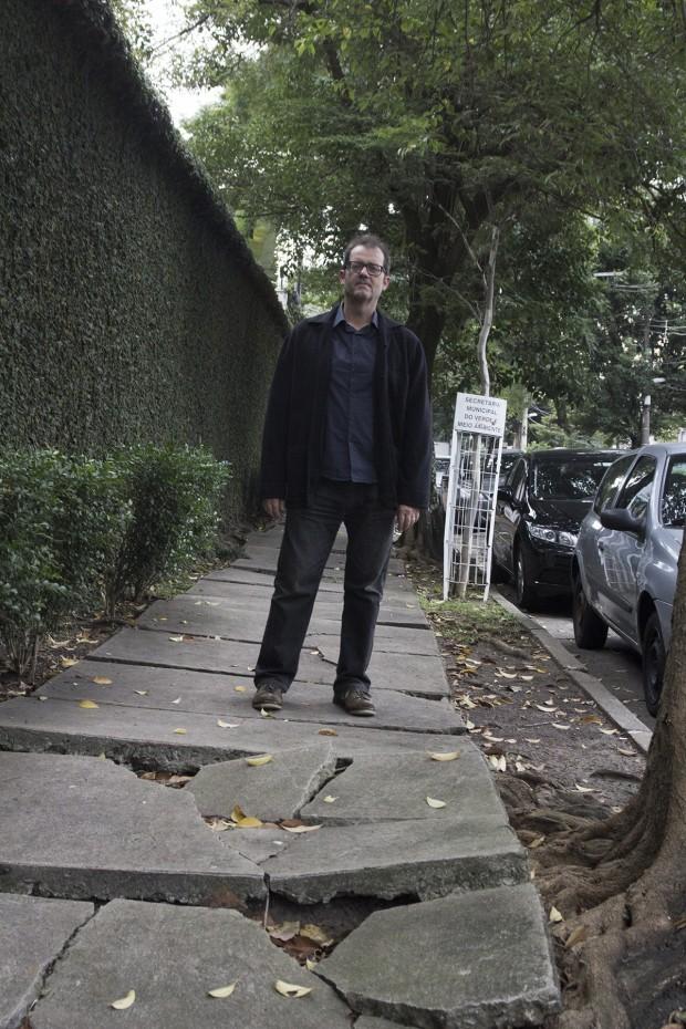 Rua Alberto Faria, perto do nº 60, Pinheiros: Mauro Calliari gosta de fazer caminhadas longas (algumas bem longas) pela cidade