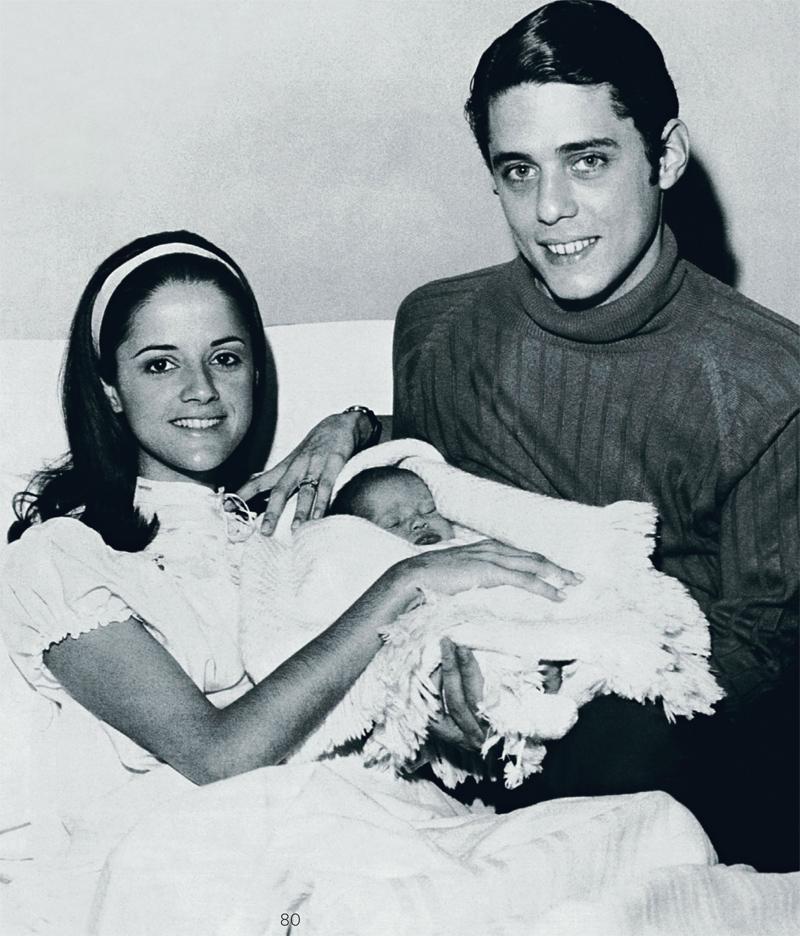 Chico Buarque e Marieta Severo com a primeira filha, Sylvia