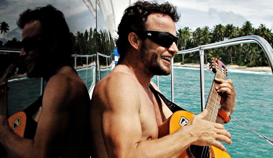 Um barquinho e um violão