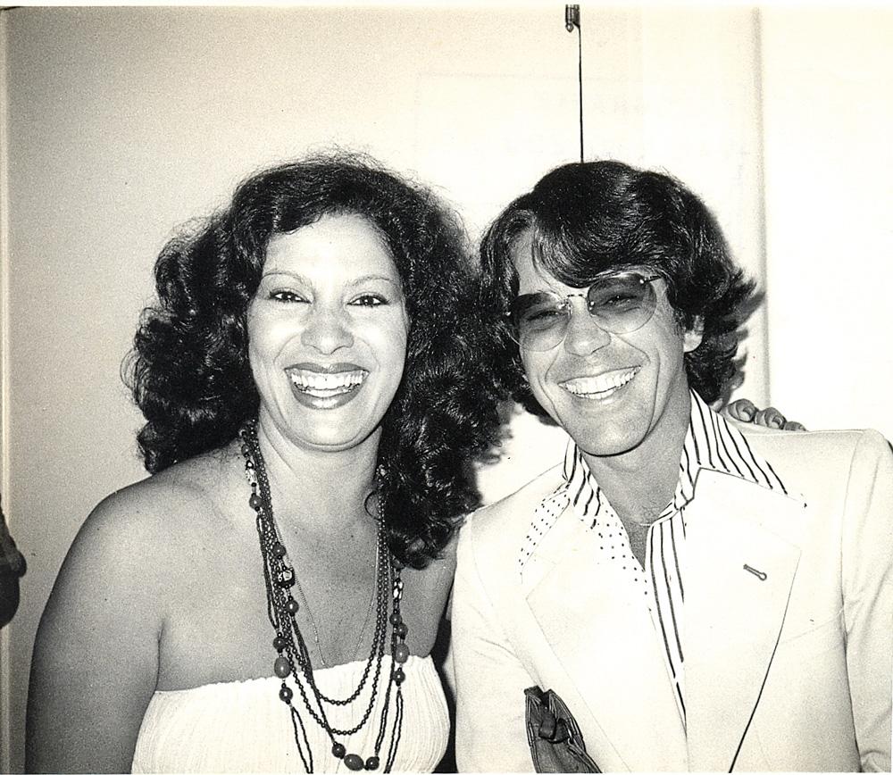 Nelson e a clássica Clara Nunes