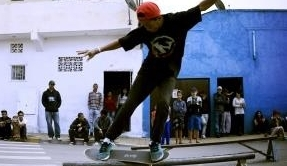 Skate é bom, com educação é ótimo