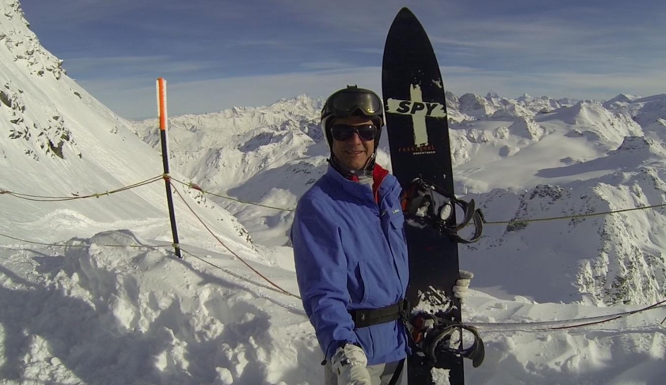 Luís Roberto Formiga curte um snowboard no topo da Europa