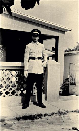 Antônio Carlos Gomes da Costa na época do Colégio Tiradentes da Polícia Militar de MG
