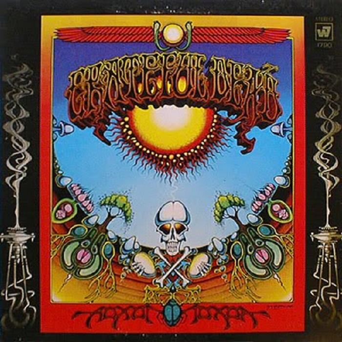 The Grateful Dead - Aoxomoxoa: No auge do experimentalismo hippie de Jerry Garcia e companhia, a banda californiana lançou um LP com dezenas de símbolos fálicos na capa. O disco de 1969 é um dos favoritos entre os Deadheads mais dedicados