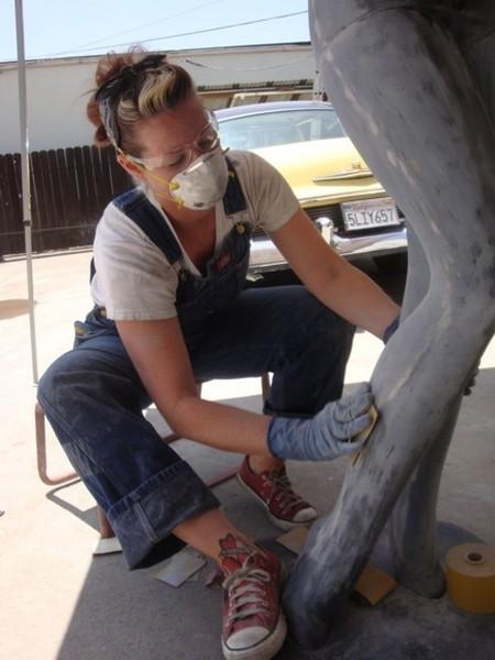 Fazendo trabalho de funilaria