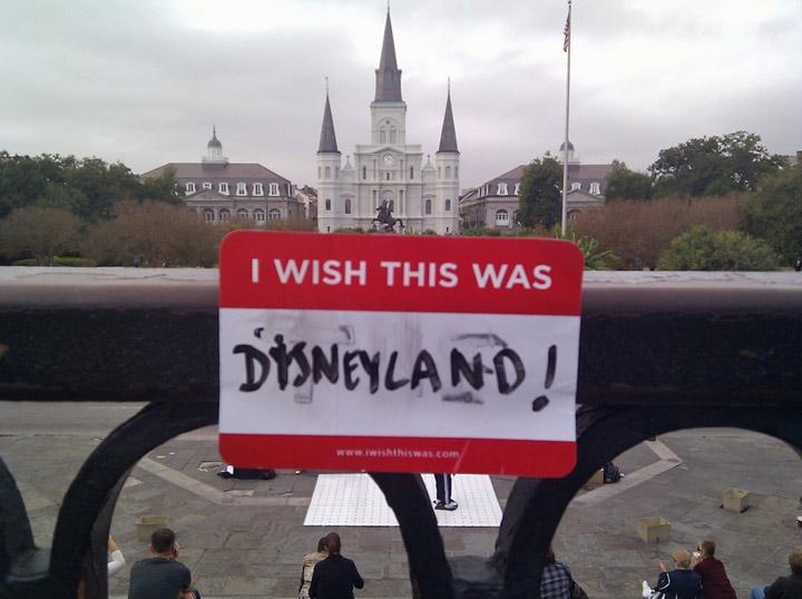 Queria que aqui fosse... A Disneylândia!