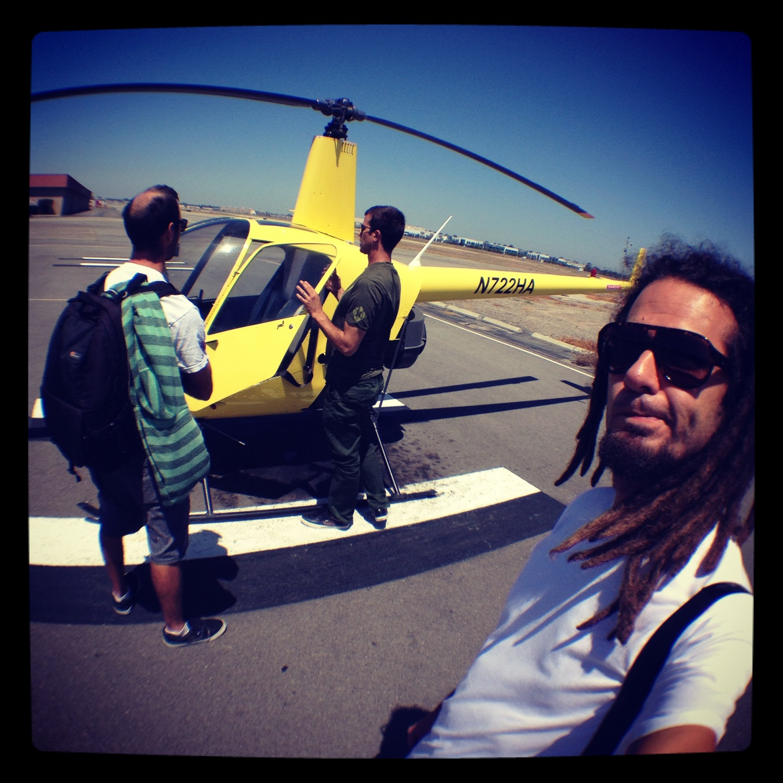 O pequeno helicoptero amarelo de Bob