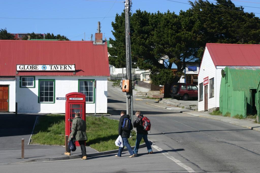 Global Tavern, único pub do arquipélago