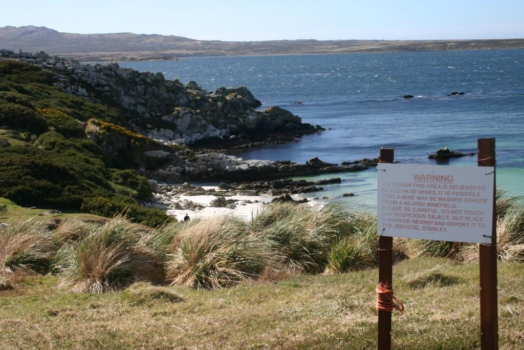 Praia proibida, onde havia um campo minado ativo