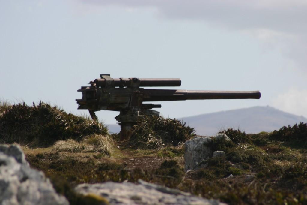 Artilharia abandonada, mais uma memorabilia da guerra