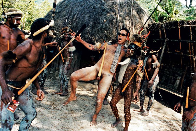 A verdadeira briga de espadas; Papua Nova Guiné, 2002