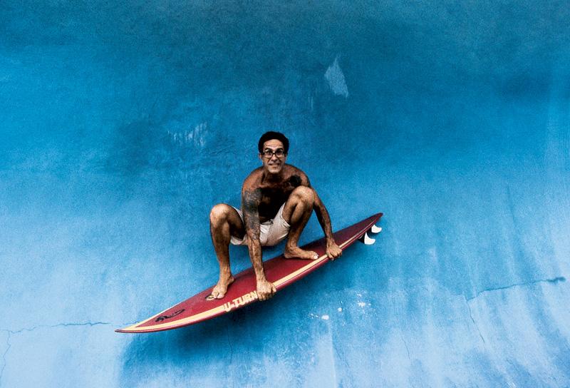 Tirando onda em Bali; Indonésia, 2003