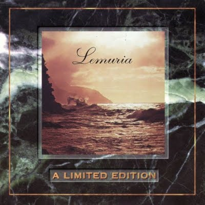 4. Lemuria, 'Lemuria' (1978, Heaven Records): A palavra Lemuria significa uma terra mítica de perfeição. O grupo havaiano Lemuria implica o mesmo. No epicentro da música soul fica essa banda, cuja gravação única enfeitiça os ouvintes com cada play. Isso poderia realmente ser música do Havaí? Sim, pode. Palavras dificilmente conseguem descrever a incrível sonoridade deste disco, mas uma palavra perfeita para esta mistura descompromissada de funk, gospel e groove está escrita na capa: Lemuria