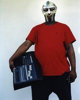 O rapper MF Doom tirou sua persona de Doctor Doom, um vilão da Marvel