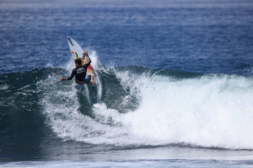 Mineirinho avança em Bali