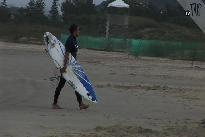 Mineirinho surfa quieto