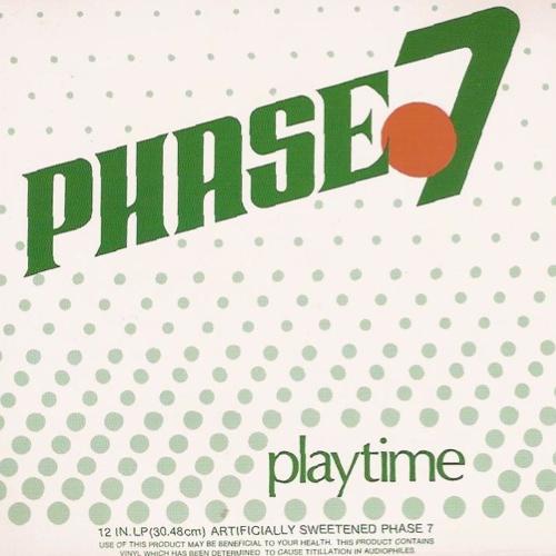 8. Phase 7, 'Playtime' (1980, Broad Records): Se você fosse para a balada em qualquer noite dos anos 80, provavelmente veria Phase VII, o grupo mais talentoso do R&B de Honolulu. O grupo ficou conhecido por sua descolada seção de metais, mas seu comportamento no palco era tão legal quanto. Ainda bem que Playtime preservou esses interlúdios divertidos, porque, apesar de trazer os grooves mais funkeados da época ser algo importante, foi fazer a audiência rir que fez com que Phase VII fosse um dos grupos mais divertidos de seu tempo