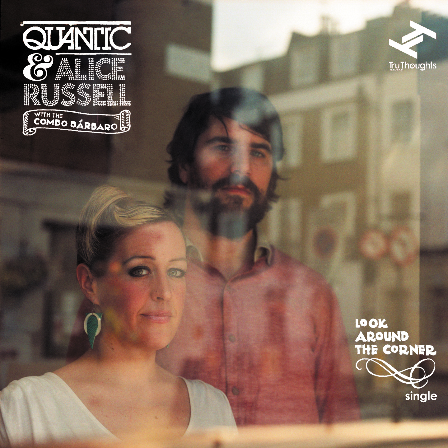 "O disco de Quantic com Alice Russell, ""Look around the corner"""