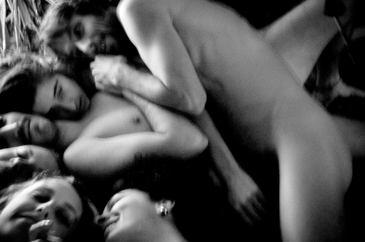 Alfreedom: 'Em geral as pessoas só ficam nuas para tomar banho ou transar. E tem gente que acha que achar nudez normal é coisa de maluco...'