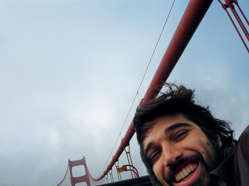 Nosso repórter, então correspondente em San Francisco, na Golden Gate