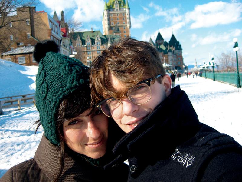 Karina com o maridão canadense