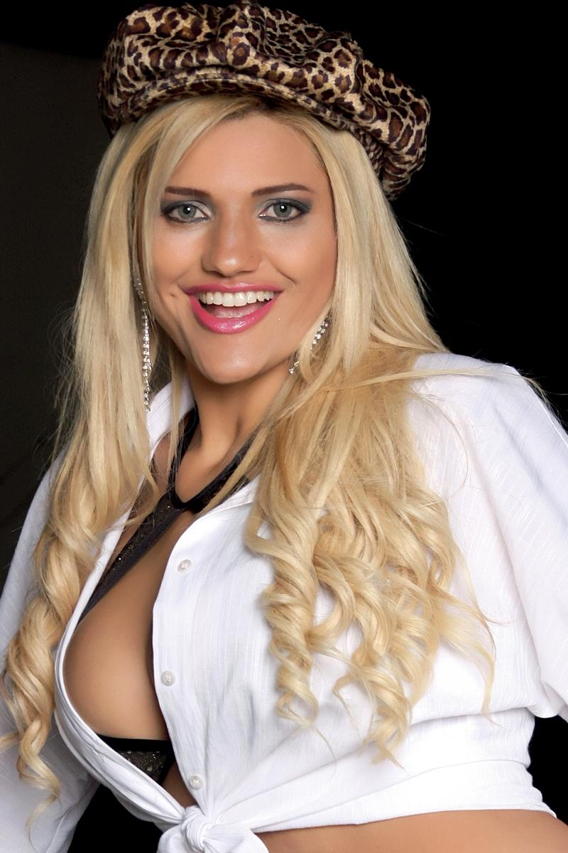 06. Cameron Brasil (atriz pornô)
