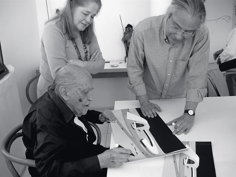 Oscar Niemeyer entrega e assina a Holoteca, megaprojeto que pode colocar a conscienciologia nas alturas