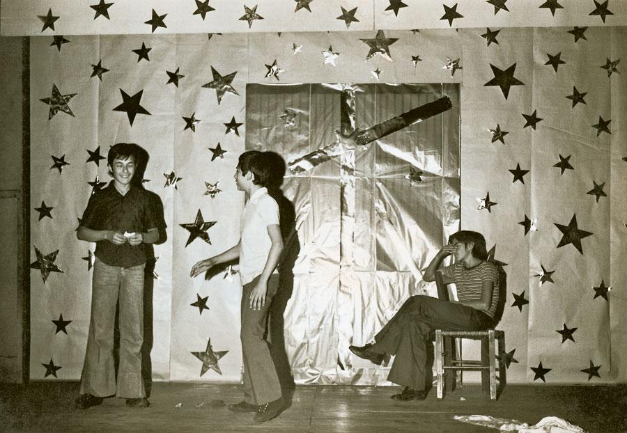 Em 1975, na época em que era seminarista, em Apucarana (PR), e já atuava