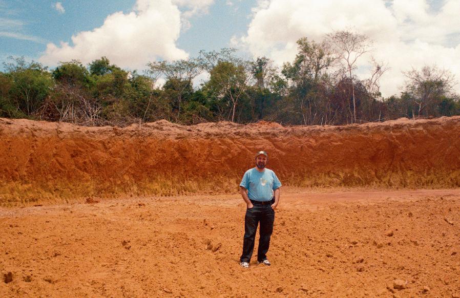 Doutor Nicolelis na primeira etapa da obra Campus do Cérebro, em Macaíba