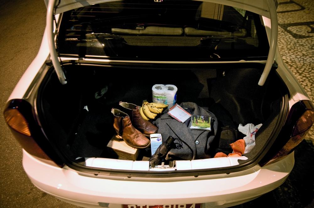 O guarda-roupa é o porta-malas