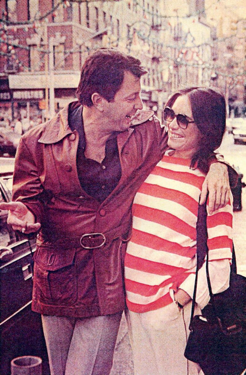 m Nova York com a então namorada Regina Duarte, na época do Malu mulhe