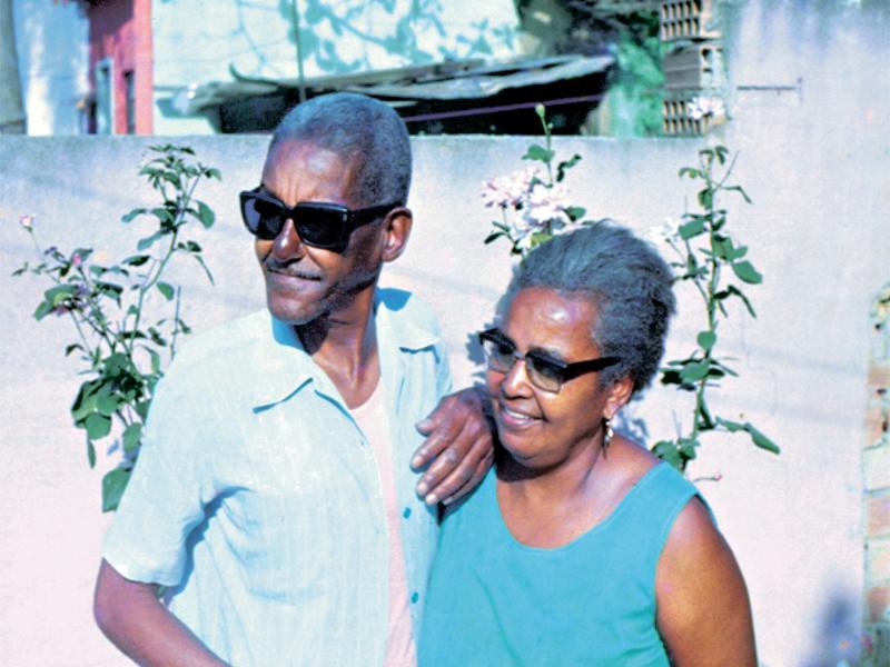 Cartola e dona Zica na década de 70