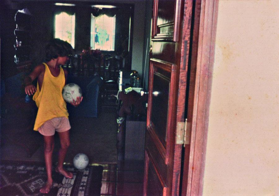 Sai para jogar bola com amigos no Rio