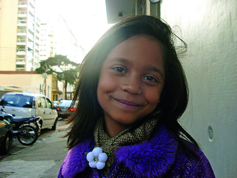 """<b>Ana Beatriz</b> (estudante): """"Para minha mamãe, porque eu amo ela."""""""